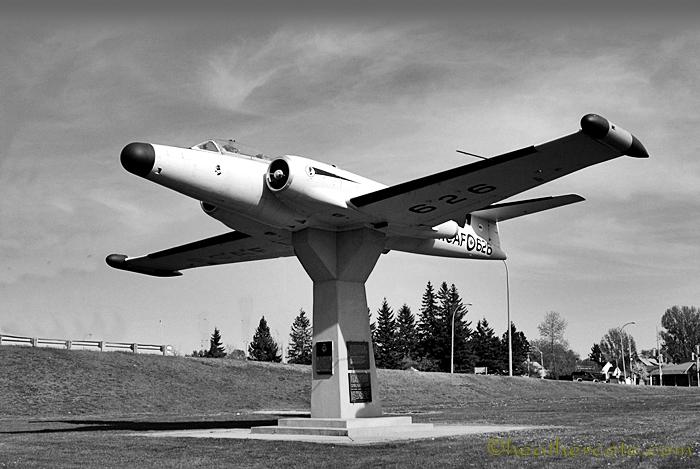 aircraft.lee.park.b . w.....2.2013