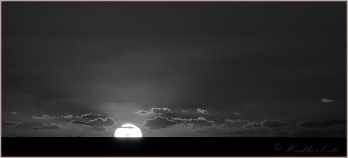 sunset.mi.3.2014bw....